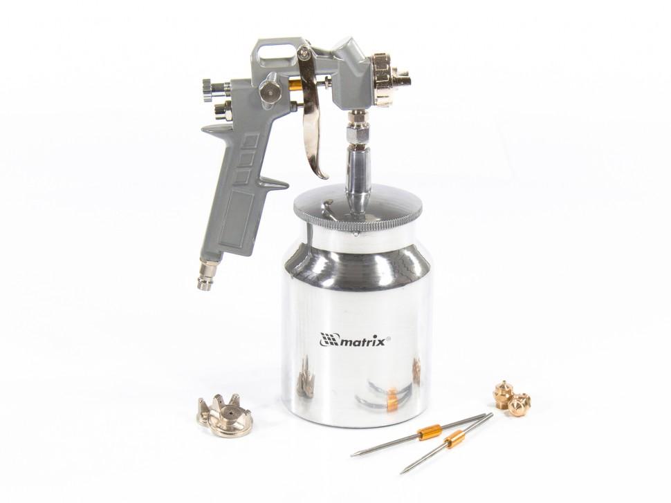 Краскораспылитель пневматический с нижним бачком V 1, 0 л, сопло D 1.2, 1.5 и 1.8 мм. MATRIX